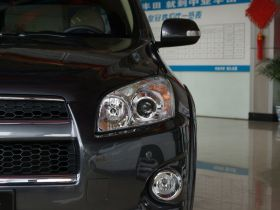 丰田-丰田RAV4车身外观图片