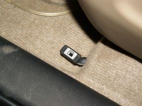 丰田-丰田RAV4车厢内饰图片