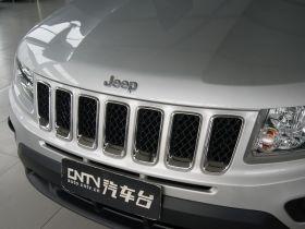 Jeep吉普-指南者车身外观图片