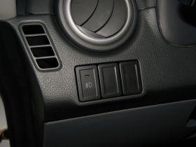 铃木-天语 SX4中控方向盘图片