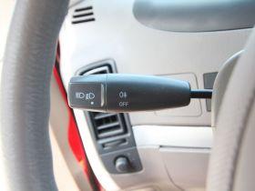 奇瑞-奇瑞QQ 6中控方向盘图片