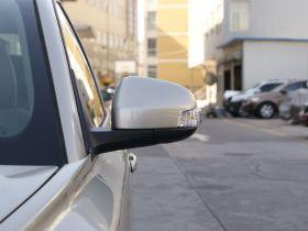 沃尔沃-沃尔沃S40车身外观图片