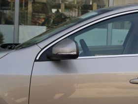 沃尔沃-沃尔沃S60车身外观图片