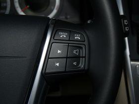 沃尔沃-沃尔沃XC60中控方向盘图片