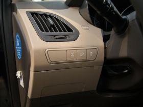 现代-现代ix35中控方向盘图片