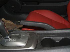 雪佛兰-科迈罗Camaro车厢内饰图片