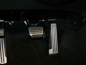 英菲尼迪-英菲尼迪G系车厢内饰图片