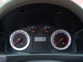 众泰-众泰5008中控方向盘图片