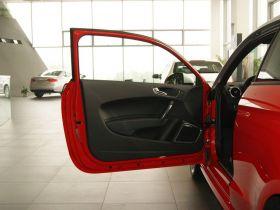 奥迪-奥迪A1车厢内饰图片