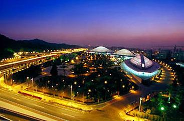 <center><font color=blue>广州体育馆</font></center>