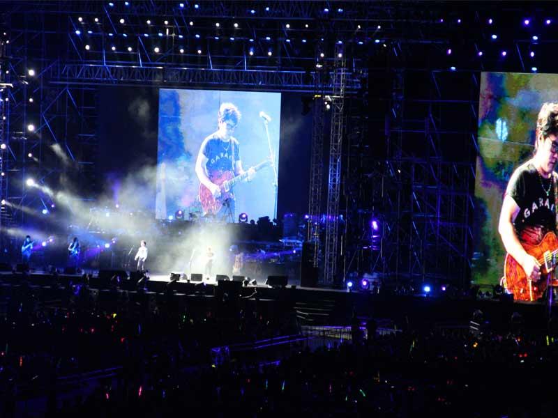 汪峰北京演唱会现场精彩图片1