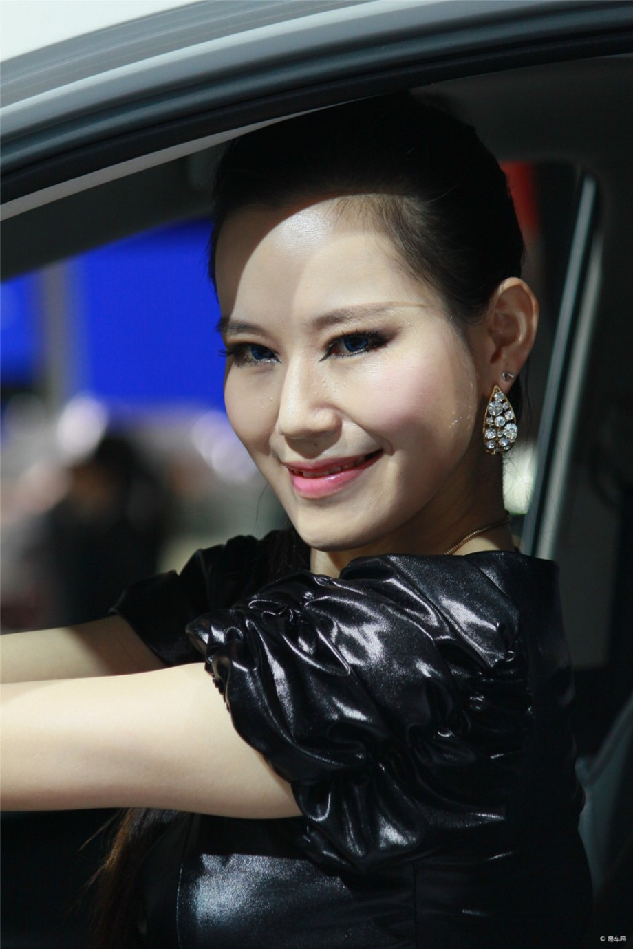 2013上海车展陆风展台模特
