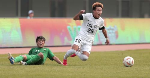 [高清组图]U20男足浙江获季军 孙正傲头槌绝杀