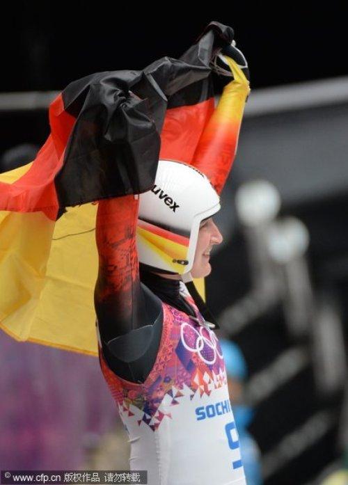 [高清组图]女子无舵雪橇:德国选手包揽冠亚军