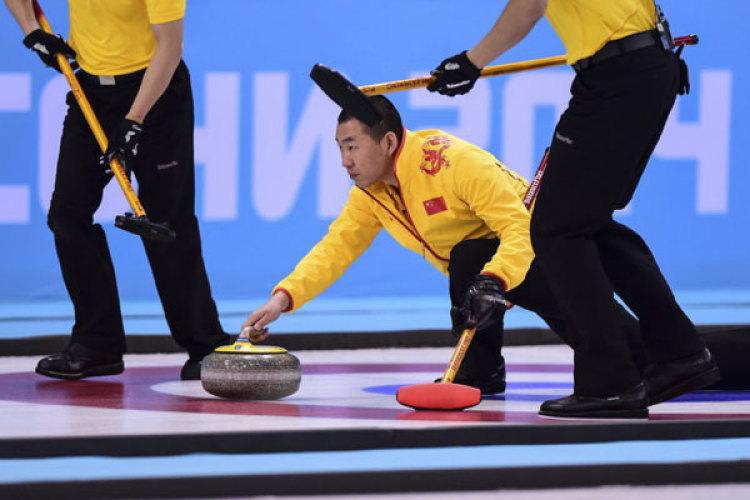 [高清组图]中国男壶负卫冕冠军加拿大 无缘决赛