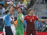 [世界杯]葡萄牙再遭打击 佩佩挑衅穆勒被红牌罚下
