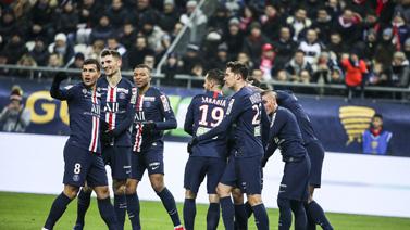[图]内马尔造两球 巴黎3-0完胜第十次进决赛