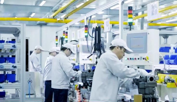 《今日关注》 20201015 唯一保持正增长 中国经济稳步复苏一枝独秀!