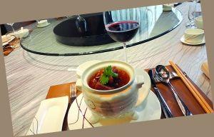 红酒配川菜