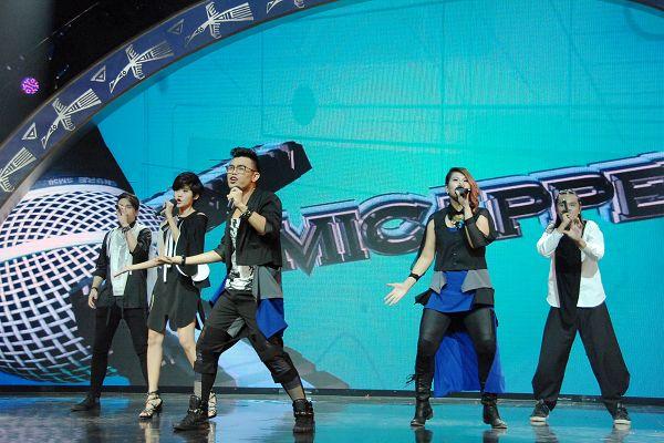 新加坡阿卡贝拉人声组合 麦克疯 表演精彩的阿卡贝拉歌曲