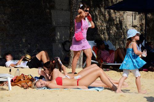 巴黎沙滩上的日光浴