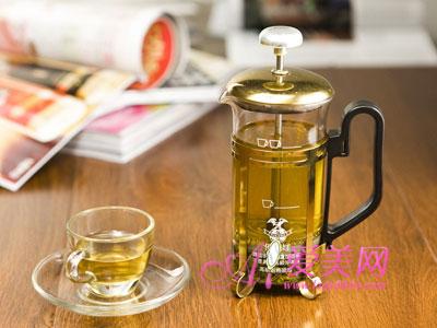 春季不同月份喝不同花茶 做健康