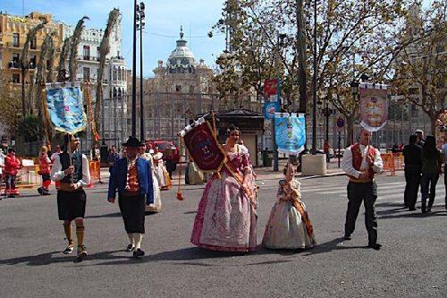 全城男女纵火为狂欢 瓦伦西亚Falla狂欢节