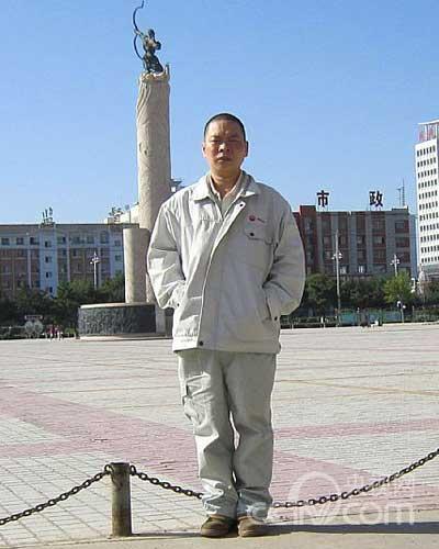 石油工人:马玉峰