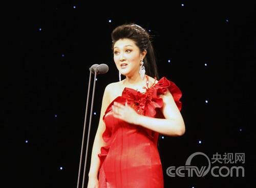 山东队李慕琳演唱《玛依拉变奏曲》