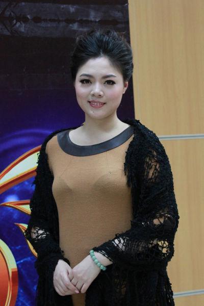 新浪娱乐队美声组晋级选手王佳韵