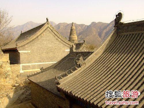云居寺清明节邀游客吃寒食
