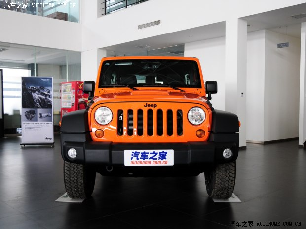 JeepJeep牧马人2013款 3.6L 四门摩崖特别版