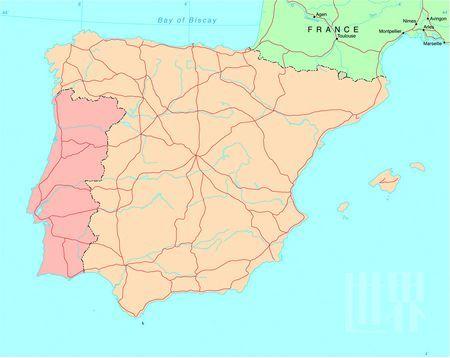 马德里与托莱多之间,每天有火车和长途汽车来往,路途时间约1个小时