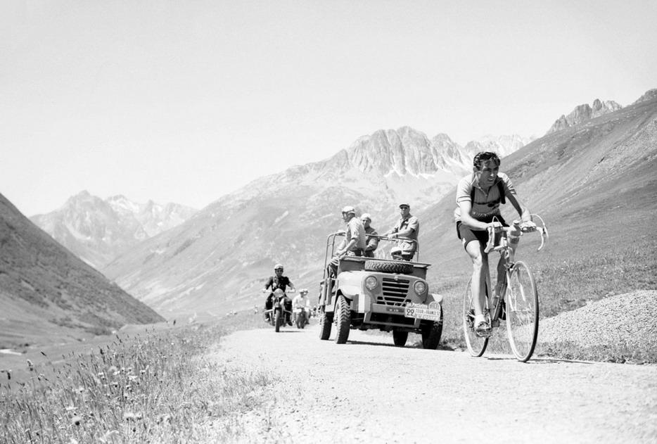 仅有60位骑手参加1903年环法元年的比赛,不过六个赛段,但是它开启了自行车运动的新纪元
