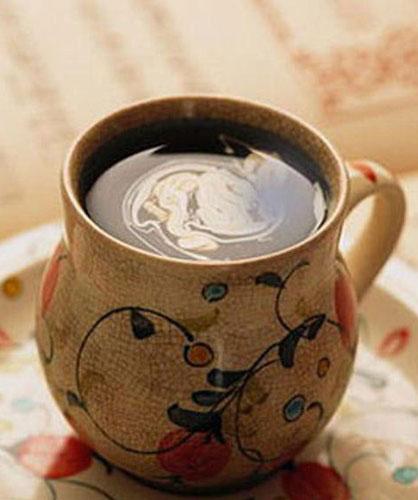 指纹主题咖啡屋:英伦咖啡馆的阳光下午