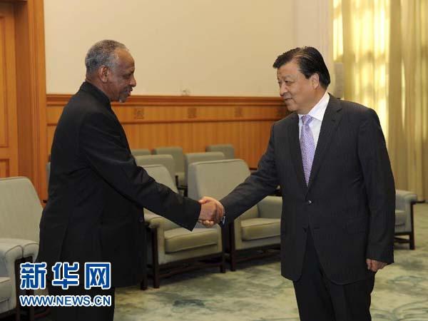 مسؤول بارز بالحزب الشيوعي الصيني يلتقي مع وفد حزب المؤتمر الوطني السوداني في بكين