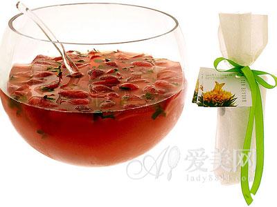 喝枸杞绿茶好处多多 滋阴养颜抗衰老