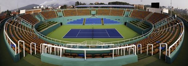 拥有3500座的京山中心网球场