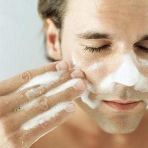 男士面部清洁应该注意什么?