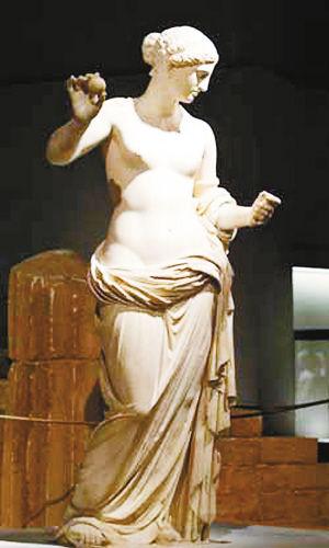 阿英罗狄忒雕像