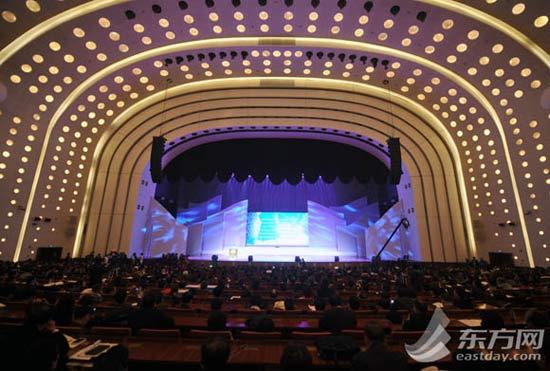 今天上午,2013年中国图书馆年会——中国图书馆学会年会·中国图书馆展览会在浦东召开。