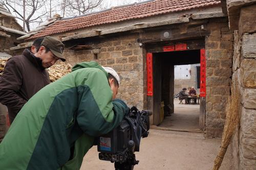摄制组在临沂拍摄外景
