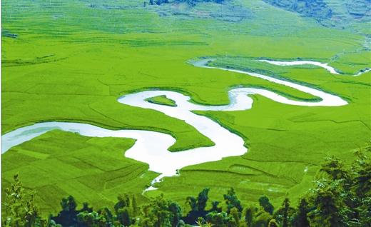 河池市推进巴马长寿养生国际旅游区建设