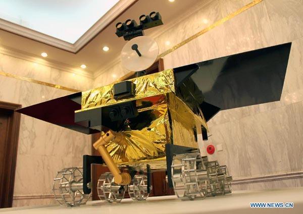 """Китай запустит спутник зондирования Луны """"Чанъэ-3"""" в первой декаде декабря"""