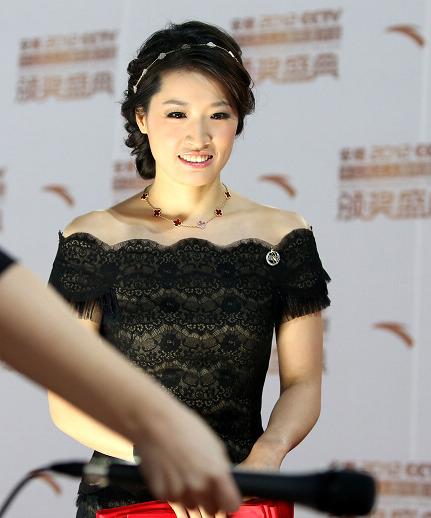 罗雪娟在2012年体坛风云人物颁奖盛典上。