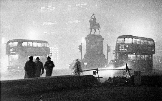 """伦敦在上个世纪曾经被称""""雾霾之都""""。"""