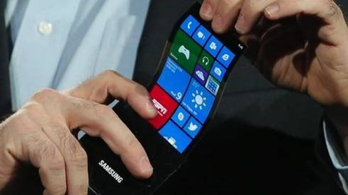 曲屏手机:电池/内存已能弯曲 就看主板了