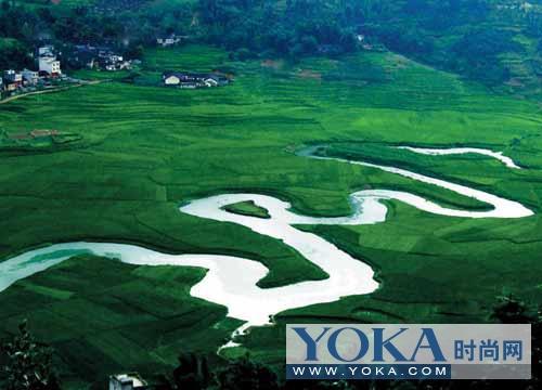 中国巴马:适宜的自然环境+ 每天喝粥