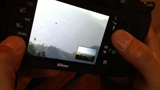 广东用户韩先生用新买的尼康D600拍摄发现黑色颗粒