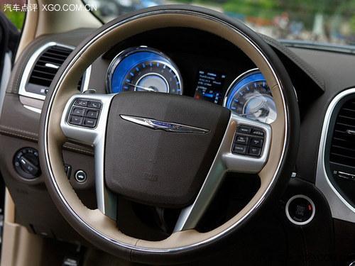 坚持还是服从 美式豪华车的传统与创新